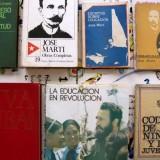 Valerio Rocco Orlando, ÀQuŽ Educa ciÛn para Marte?, 2012. Production still. Courtesy of the artist and Oncena Bienal de La Habana